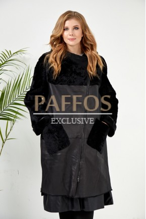 Стильная шубка-пальто
