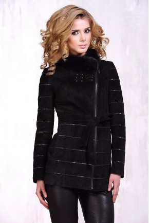 Демисезонная куртка из замши