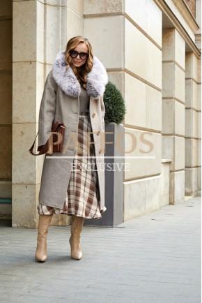 Удлиненное пальто с мехом