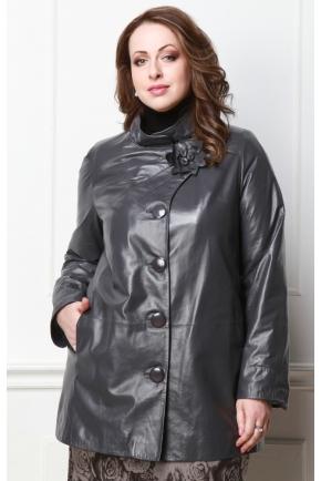 Кожаная женская куртка больших размеров