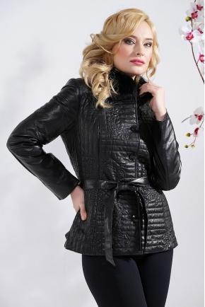 Черная кожаная куртка с меховым воротником