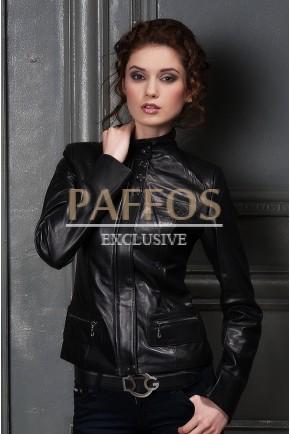 Классическая черная куртка из кожи