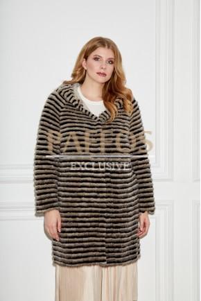 Модное пальто из норки