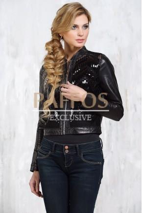 Женская куртка с пайетками