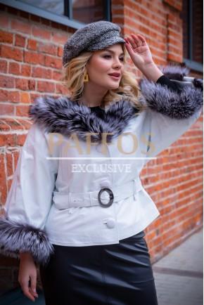 Женская белая куртка с мехом чернобурки Итальянская коллекция
