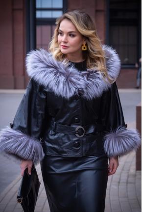 Кожаная куртка мехом чернобурки Итальянская коллекция.