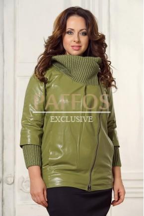 Женская куртка с вязкой